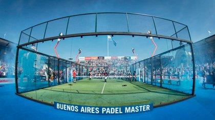 El colorido en la final del Master de Padel de Buenos Aires: globos, bengalas y cánticos