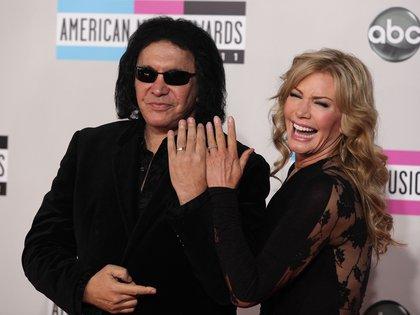 Gene Simmons con su esposa, Shannon Lee Tweed