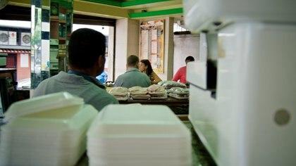 La dieta de los venezolanos ha sufrido severas modificaciones en los últimos años debido a la hiperinflación que padecen