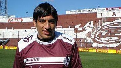 Adrián Peralta (Lanús Deportivo)