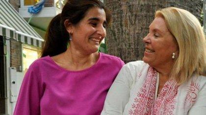 Maricel Etchecoin y Elisa Carrió