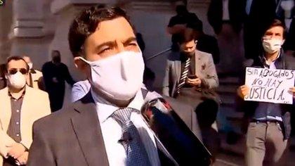 Juan Pablo Godoy Vélez, uno de los abogados acusados por protestar.