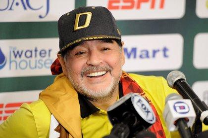 Fernando Maradona es recordado como una persona normal, muy alejada de personalidades que actúan como estrellas de rock (Foto: EFE)