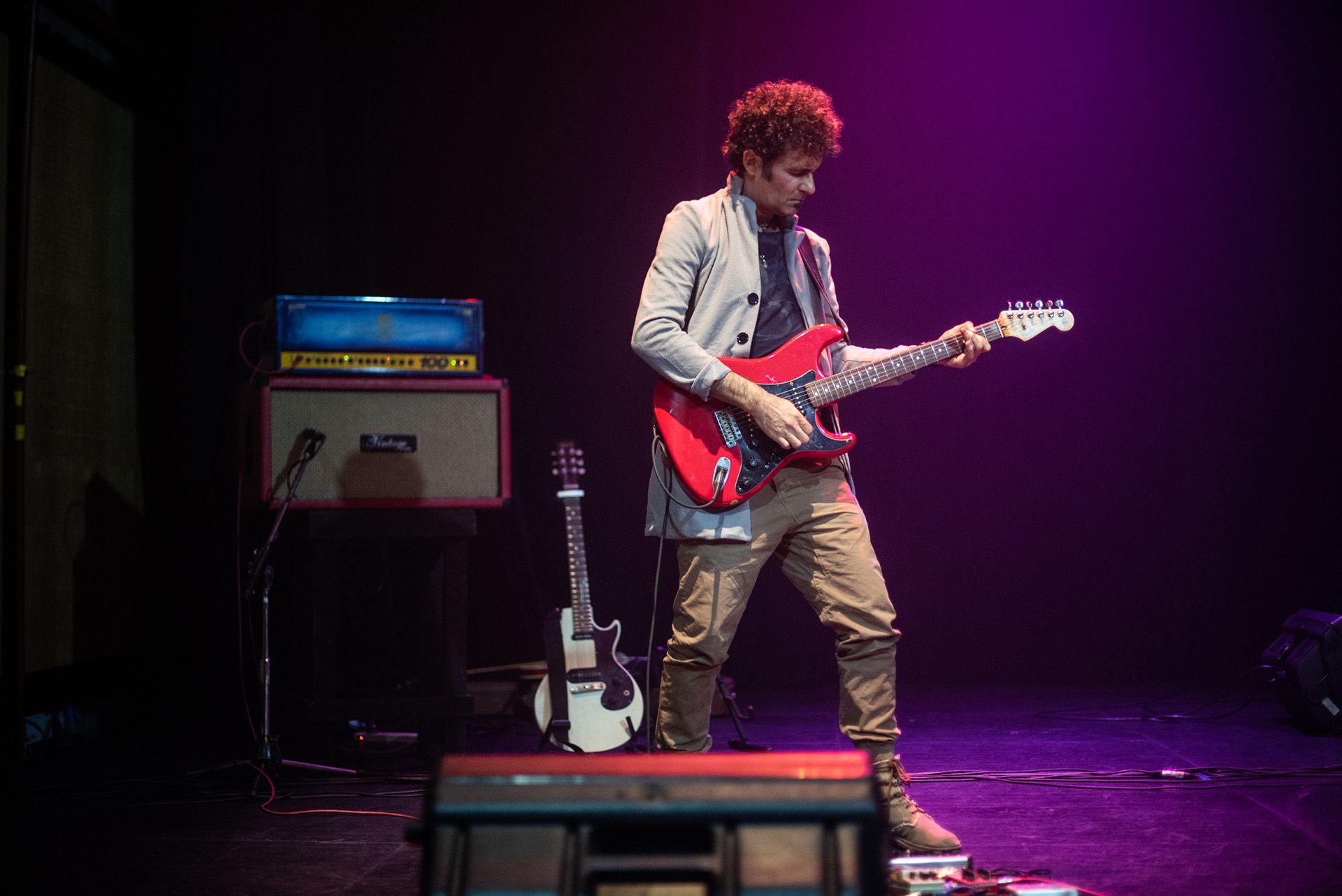 Richard Arce, guitarrista