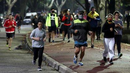 El gobierno porteño promueve la vuelta de los runners en la ciudad de Buenos Aires (Foto: Reuters)