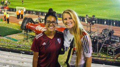 Vanessa Penuna y Jordan O'Brien nacieron en Estados Unidos, son futbolistas y juegan en River