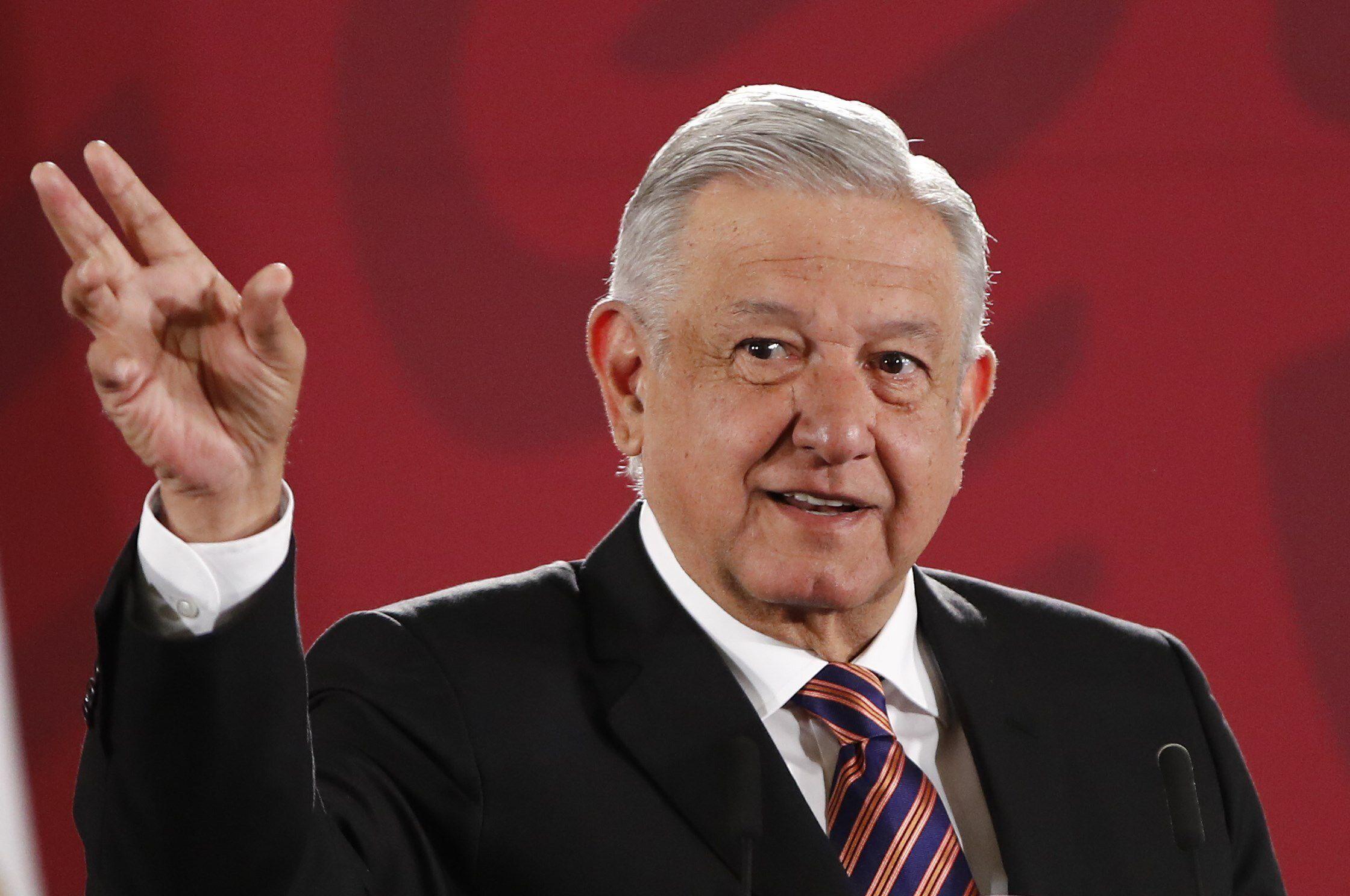López Obrador constantemente comparte su vida privada con la sociedad mexicana (Foto: EFE/ José Méndez)
