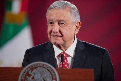 López Obrador agradeció al pueblo de México por hacer caso a las indicaciones de distanciamiento social (Foto: Cortesía Presidencia)