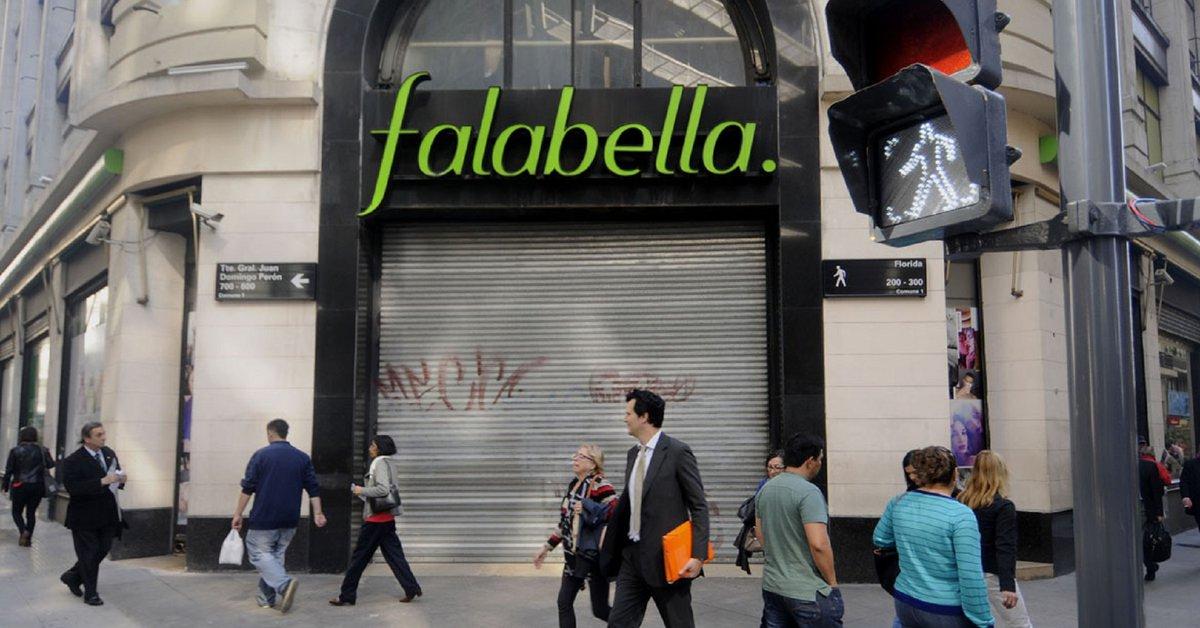 Falabella confirmó que se quiere ir de Argentina y que en los próximos días cerrará las primeras cuatro tiendas