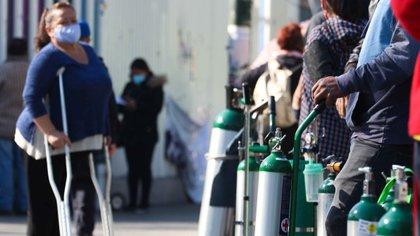 Tlalpan es la alcaldía que tiene el mayor número de puntos de venta y recarga de oxígeno autorizados (Foto: EFE/ José Pazos)