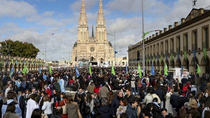 Una imagen de la última peregrinación a la Basílica de Luján (Foto: NA)