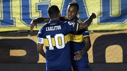 Villa convirtió uno de los dos tantos en el triunfo ante Universitario, de Perú