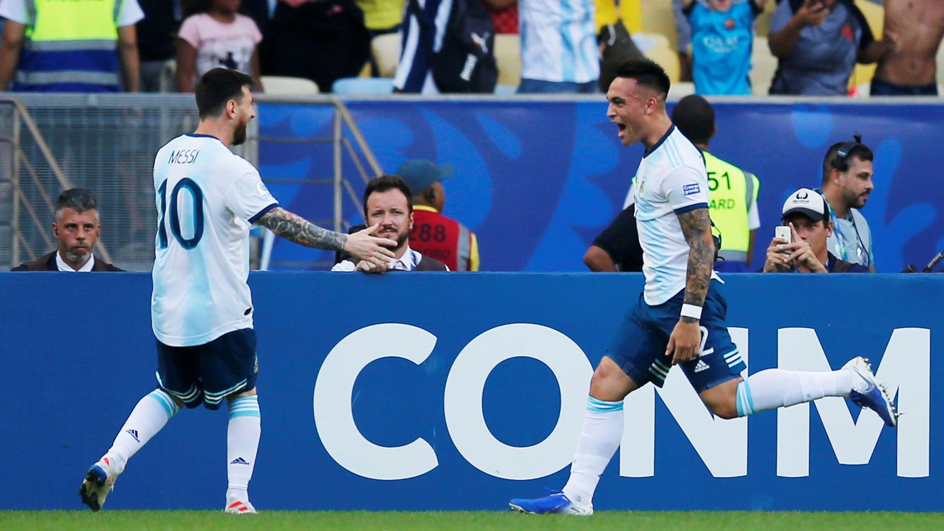 La apuesta de Lionel Scaloni en la ofensiva se basa en la potencia de Lautaro Martínez y la calidad de Messi. Foto: REUTERS/Luisa Gonzalez