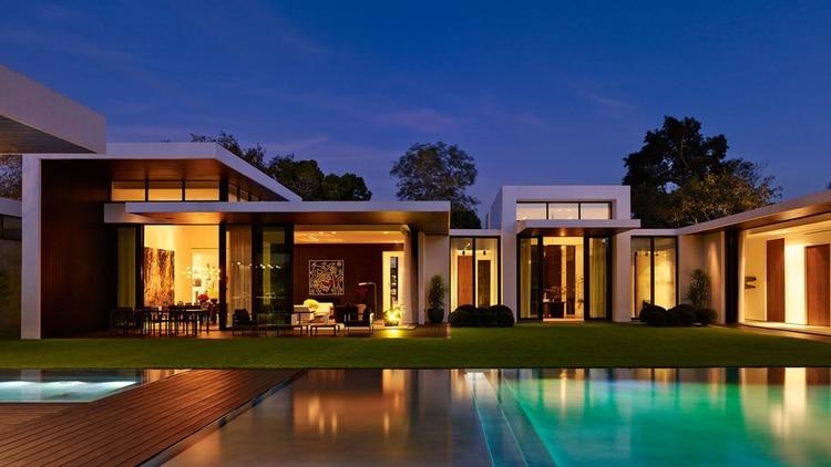 La mansión de JLo y Alez Rodriguez está ubicada en Coral Gables, ciudad ubicada en el condado de Miami-Dade en el estado de Florida