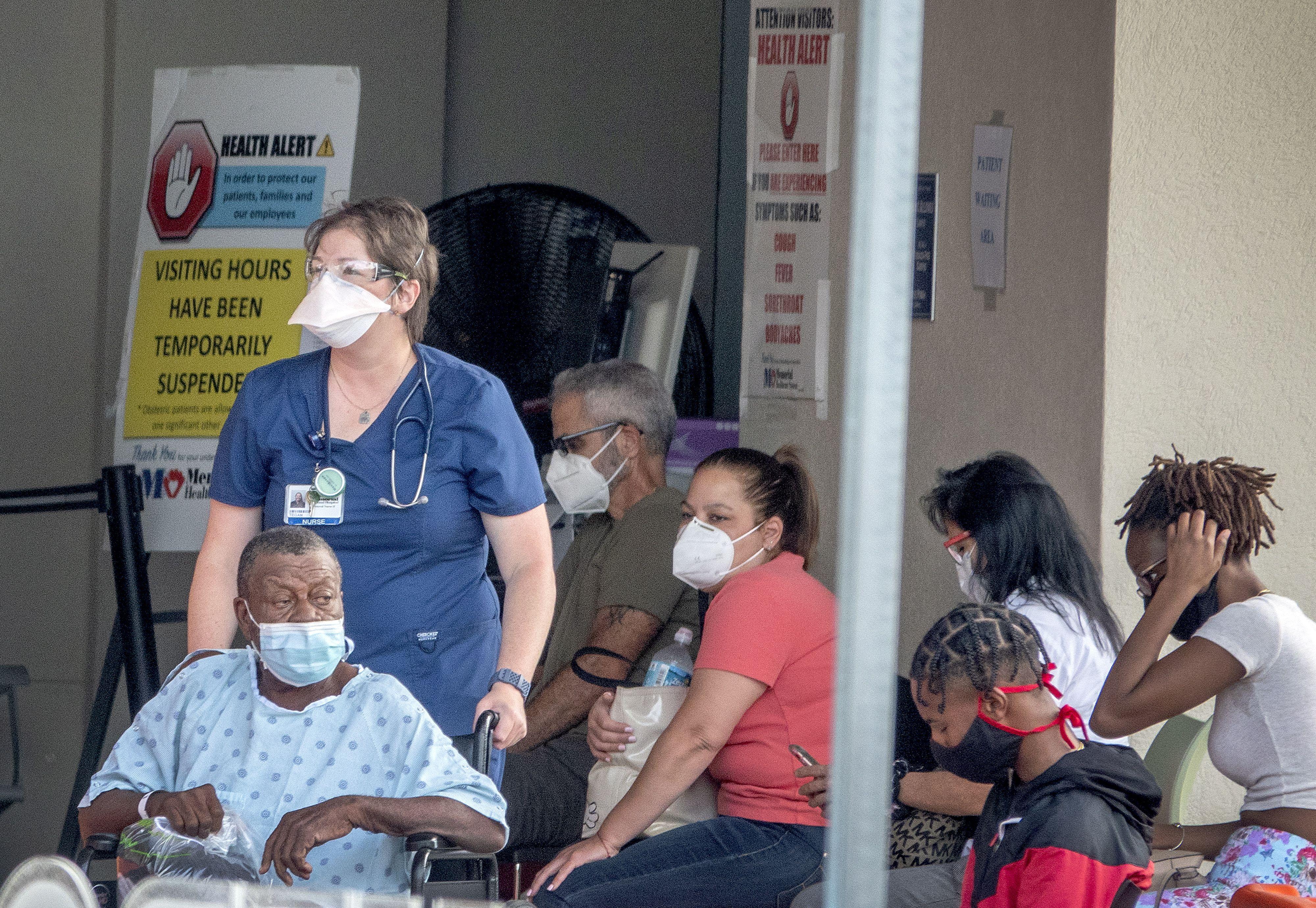 Desde el inicio de la pandemia se han registrado en el estado de Florida casi 47.000 decesos y más de 3,3 millones de casos confirmados (FOTO: EFE)