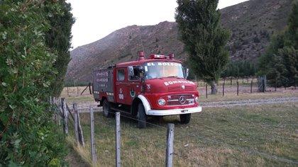 El camión de los Bomberos Voluntarios de El Bolsón (Facebook)
