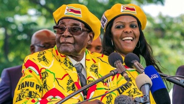 Resultado de imagen para Mugabe