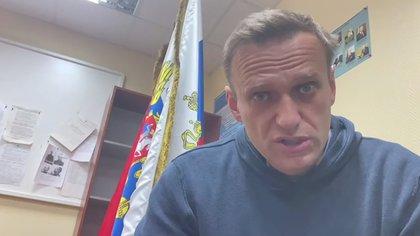 (@Navalny)
