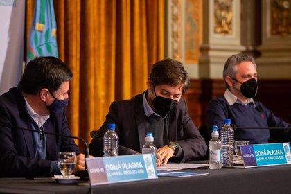 El gobernador Axel Kicillof y su ministro Andrés Larroque esperan la definición que llegará desde los tribunales de Cañuelas para saber si mañana, como estaba previsto, comienza el desalojo de alta tensión política en la usurpación de Guernica