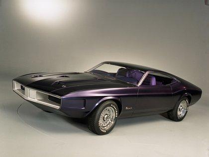 El Milano Concept, presentado en 1970, le dio parte del diseño al Falcon XB australiano.