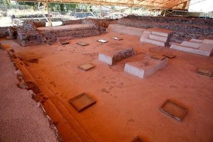 Vista de gran angular de la Plaza de los Glifos, un patio con 42 letreros y símbolos pintados en el piso que marcan el texto teotihuacano más largo encontrado hasta ahora, datado probablemente entre 300-400 d.C. (Foto: REUTERS/Gustavo Graf)