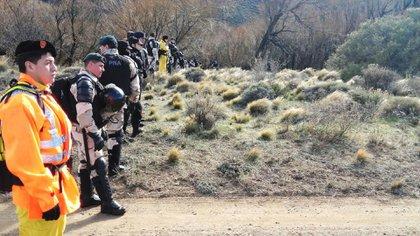 Los rastrillajes en busca de Maldonado en el río Chubut