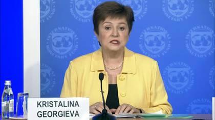 """El crecimiento mundial será inferior este año al de 2019 por la epidemia de coronavirus, pero resulta """"difícil predecir"""" cuánto va a caer la economía, según la presidenta del Fondo Monetario Internacional."""