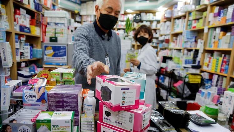 Cómo Corea del Sur solucionó su escasez de mascarillas