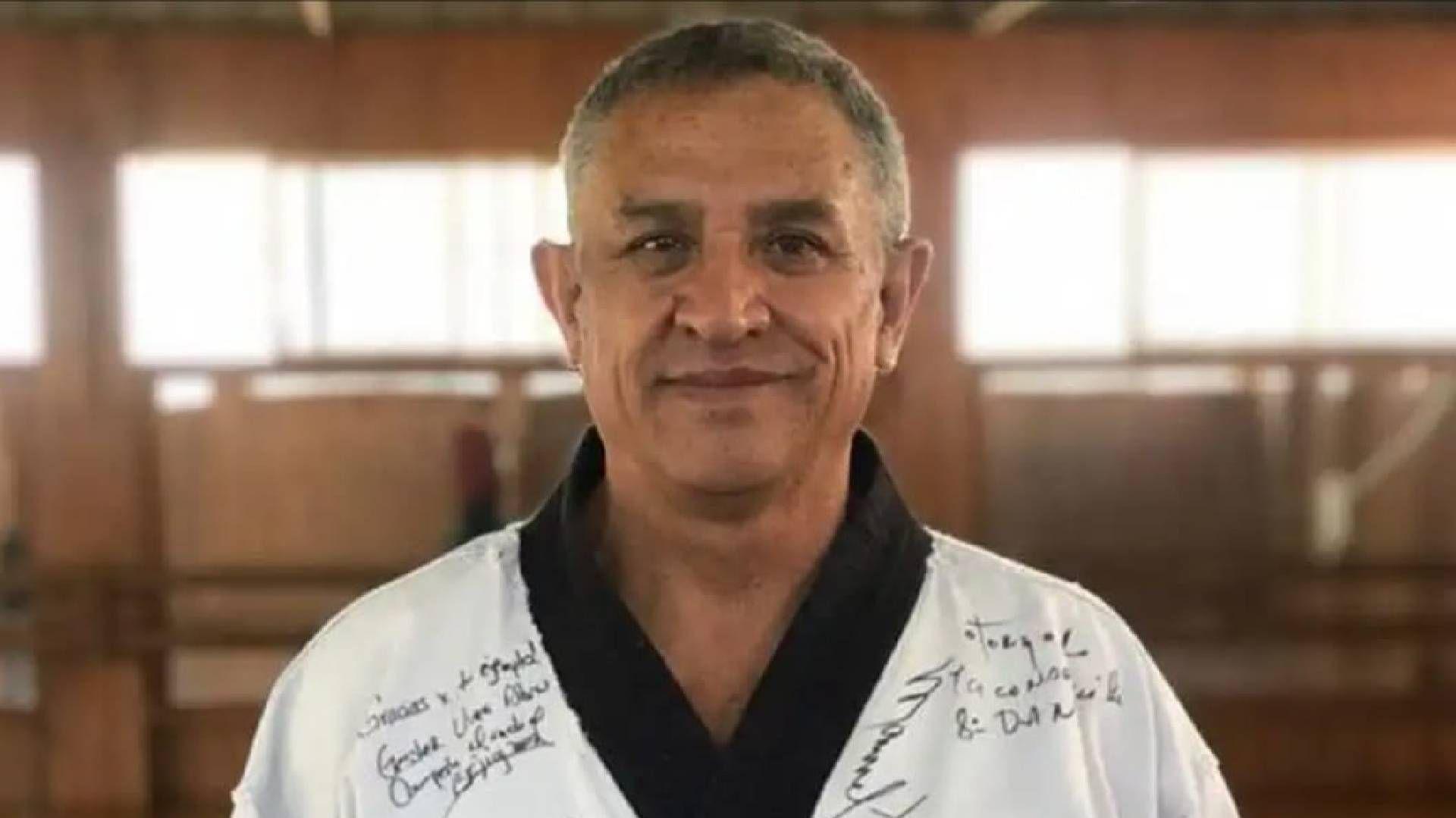 Reinaldo Salazar, entrenador de taekwondo y padre de los medallistas olímpicos, Óscar e Iridia (Foto: Twitter@CONADE)
