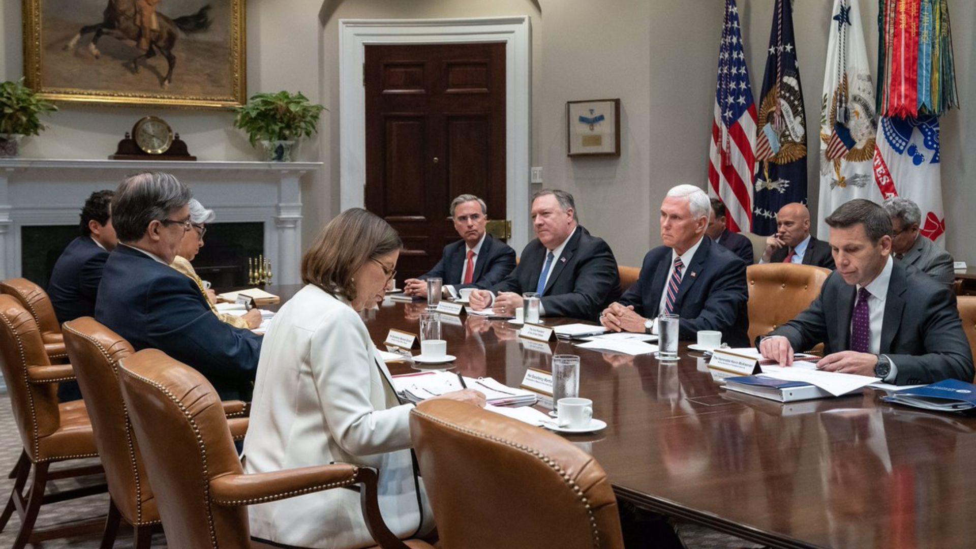 Representantes de ambos gobiernos se reunieron ayer y hoy en la Casa Blanca (Foto: Twitter @VP)