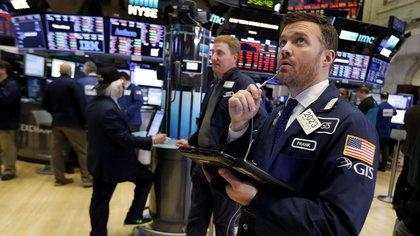 Fuerte alza en Wall Street: otro día de récords por los datos positivos de la economía de los Estados Unidos