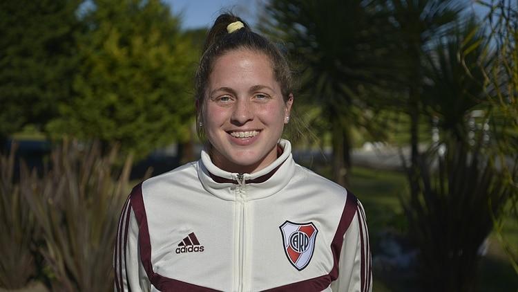 Andrea López, defensora de River (Gustavo Gavotti)