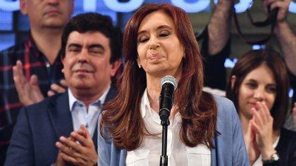 Cristina Kirchner, esta noche en Sarandí (Foto: Amilcar Orfali)