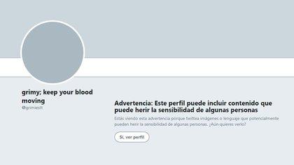 Tan sólo para ingresar a su Twitter, la red social lanza una alerta sobre el contenido explícito que existe en dicha cuenta (Foto: captura de pantalla)
