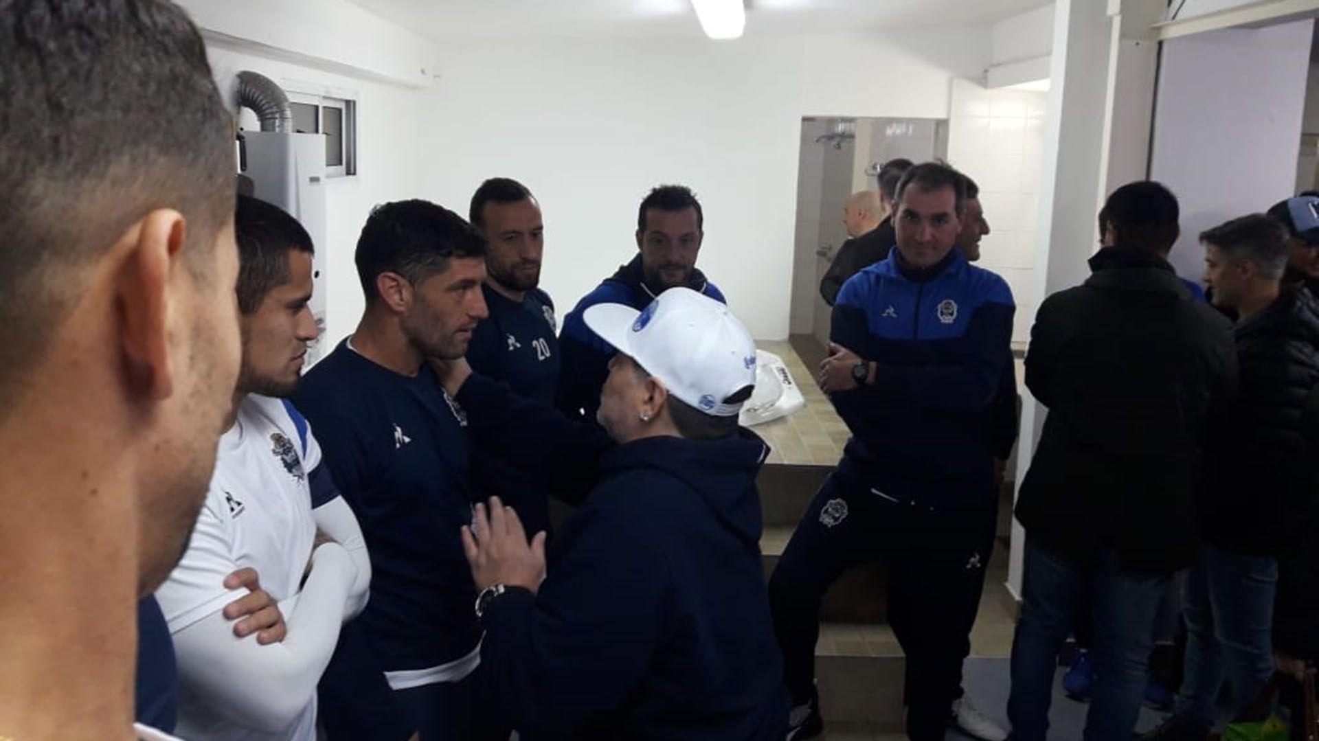 Diego Maradona Licht Gimnasia