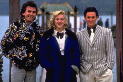 """Unos meses más tarde, viajaron juntos a Hong Kong para coprotagonizar Shangai Surprise (1986) dirigida por el beatle George Harrison. La pareja ya eran conocidos como los """"Poison Penns"""" (los venenosos Penn) por los continuos exabruptos del actor frente a la prensa (Handmade/Mgm/Kobal/Shutterstock)"""