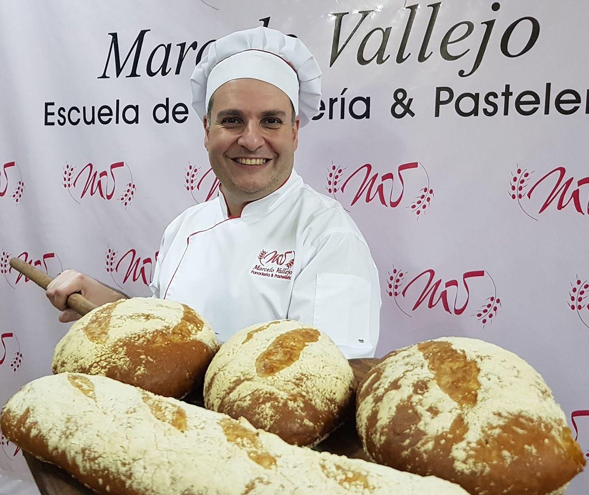 Desde que era un adolescente, Marcelo Vallejo entendió que la panadería y pastelería sería lo suyo