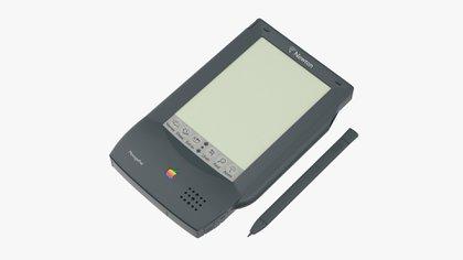 La Apple Newton tenía capacidad de reconocer la escritura y fue ideada como un asistente personal para el usuario, pero no tuvo el éxito esperado: las Palm se llevaron el reinado en este rubro.