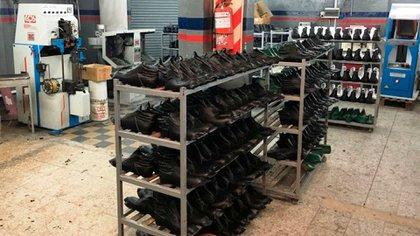 La industria del calzado sufre por la caída del consumo y las importaciones.