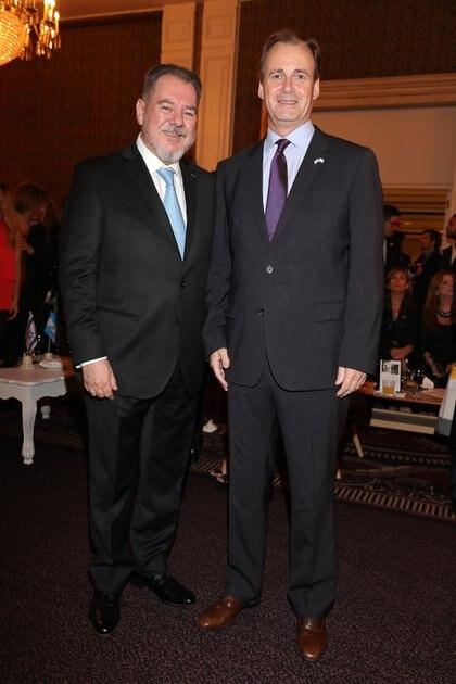Mario Montoto y el gobernador de Entre Ríos, Gustavo Bordet