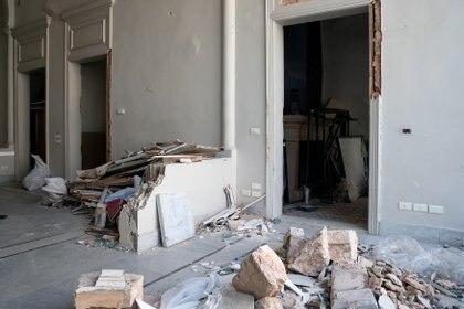 El interior de la maison de Elie Saab post explosión del 4 de agosto en Beirut (REUTERS)