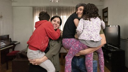 """""""¿No tenés celos de que mamá tenga novio?"""", le preguntó a Andrés su hija más chica (Adrián Escandar)"""