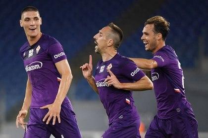 El francés Frank Ribery es la gran estrella de la Fiorentina, que sería el primer paso de De Rossi como entrenador (REUTERS/Alberto Lingria)