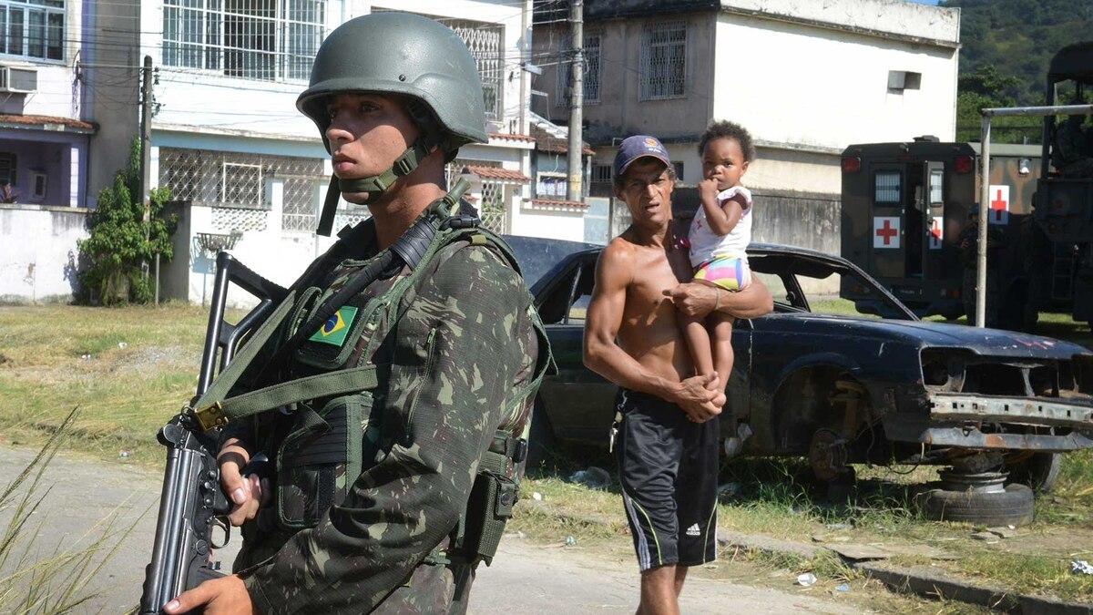 Perfecto Ejemplos De Currículum Para La Experiencia Militar Molde ...