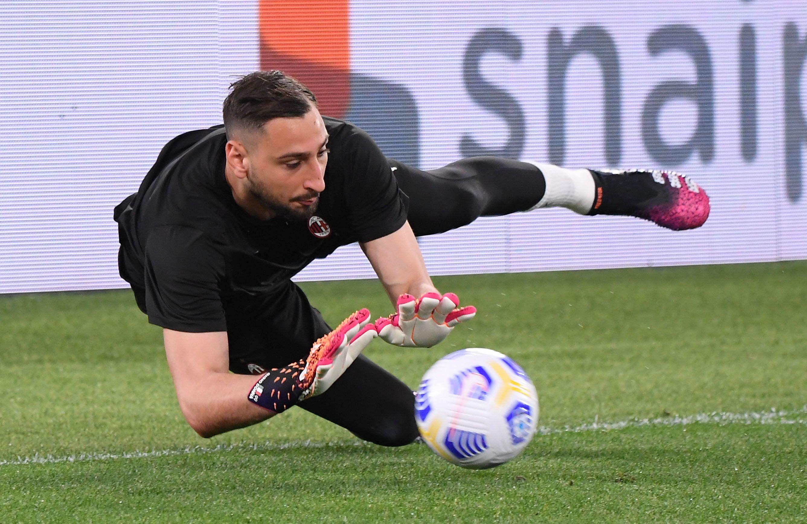 Donnarumma optó por no renovar su contrato con el Milan y llegará a Francia en calidad de libre (Reuters)