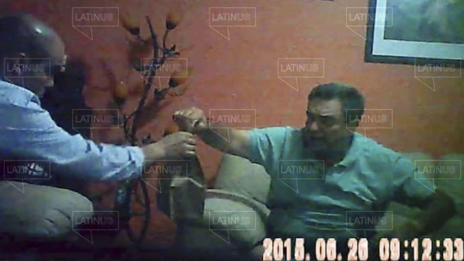 Hermano de AMLO supuestamente recibe dinero que iría a la campaña presidencial de 2018 (Foto: Captura de pantalla)