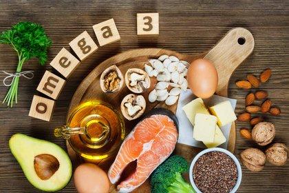 De acuerdo a la licenciada en Nutrición María Cecilia Ponce (MN 3362) Los omega 3, que se encuentran en los pescados y en otros suplementos naturales, sirven para el correcto funcionamiento neurológico (Foto: Shutterstock)