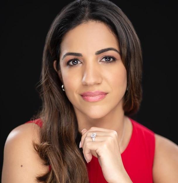 Claudia Cañizares abogada inmigracion