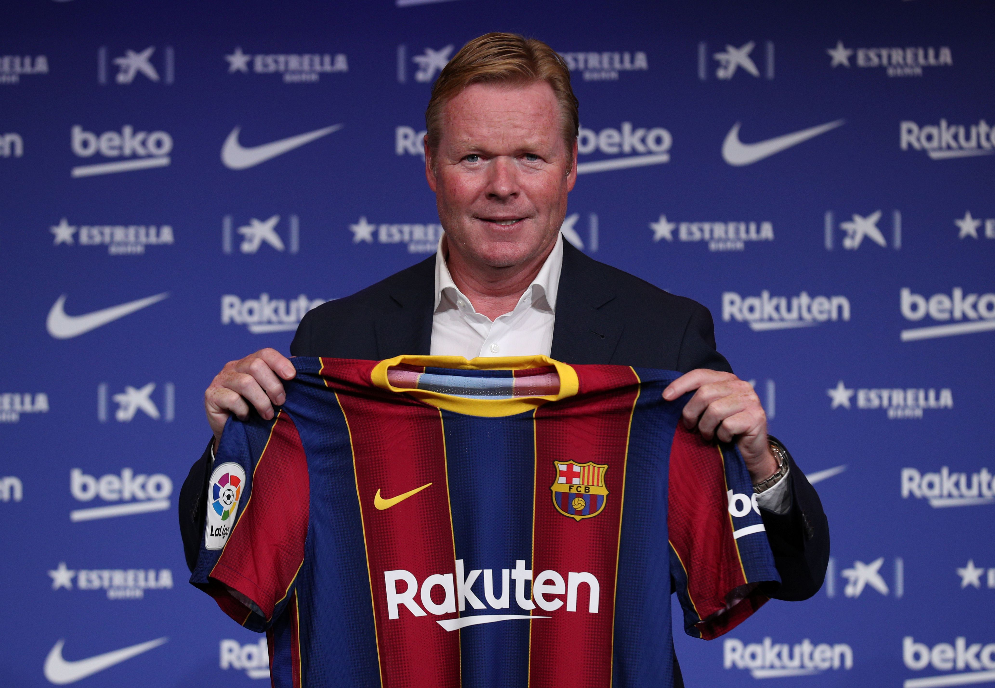 Ronald Koeman llevará adelante una depuración del plantel del Barcelona (Reuters)