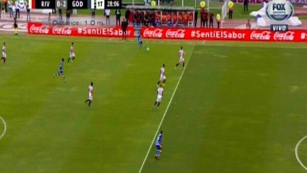 El fuera de juego de Santiago García en el segundo gol de Godoy Cruz generó la furia de River